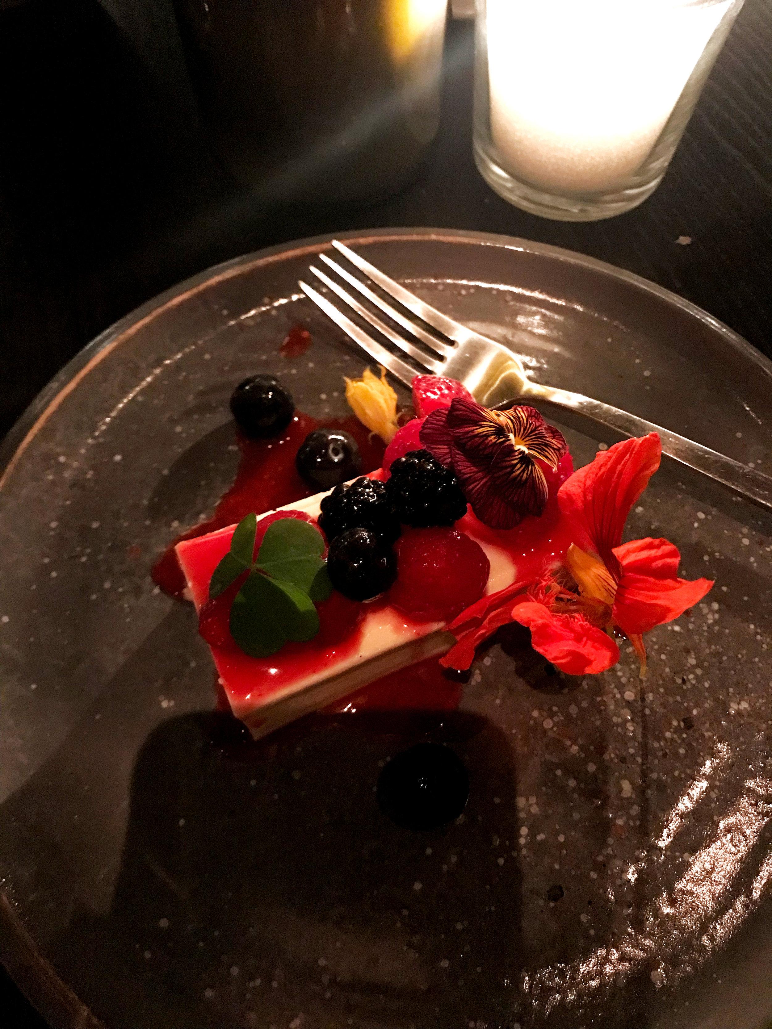 Сливочно-ванильный мусс в ресторане Blanc