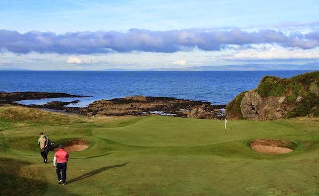 Signature Hole -- This view of the green is hidden when standing on the tee of the Kintyre's 8th hole, a reachable but risky 302-yard par 4.