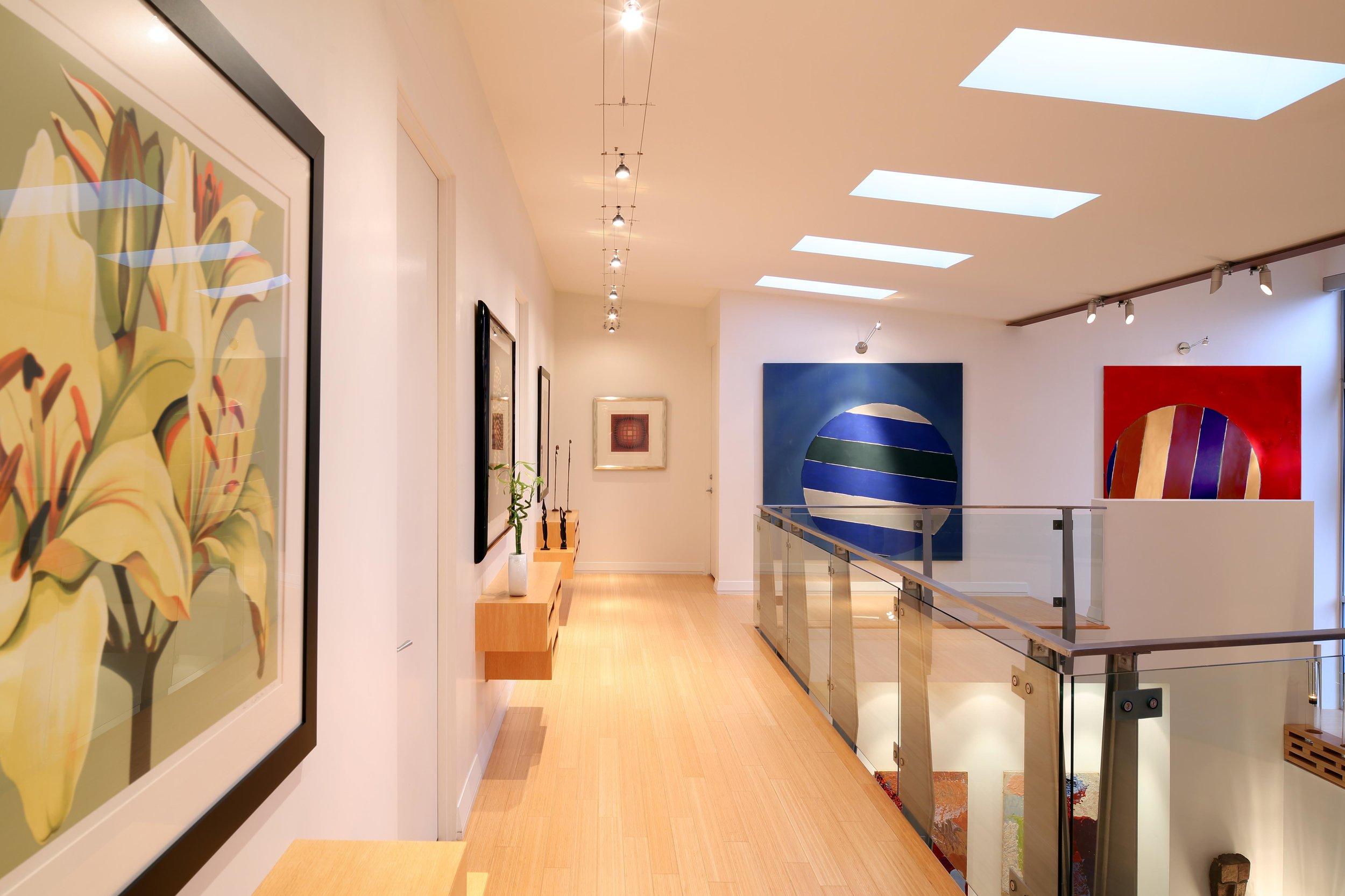 08-gallery.jpg