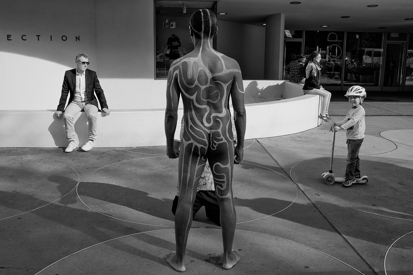William-Bullard_USA_Pictures-at-an-Exhibition_08.jpeg
