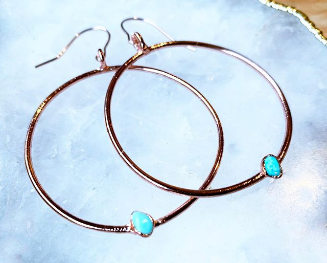 T U R Q U O I S E!✨ These Turquoise Hoops will be available at the next First Thursday event with @sandiegomadeinsta 💙 Check out the link in bio for upcoming event details ✨ _____________________ #shopsmall #handmadejewelery #electroforming #witchywoman #crystaljewelry #love #bossbabe #sandiego #sandiegomade  #minimalist #minimalistjewelry #crystals #shoplocal #moon #electroforming #electroform #electroformedjewelry #earrings #turquoise #turquoisetuesday