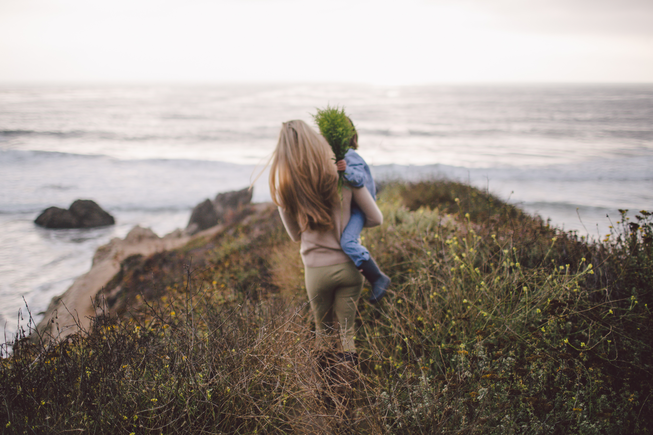 motherhood photography big sur california lifestyle family photographer