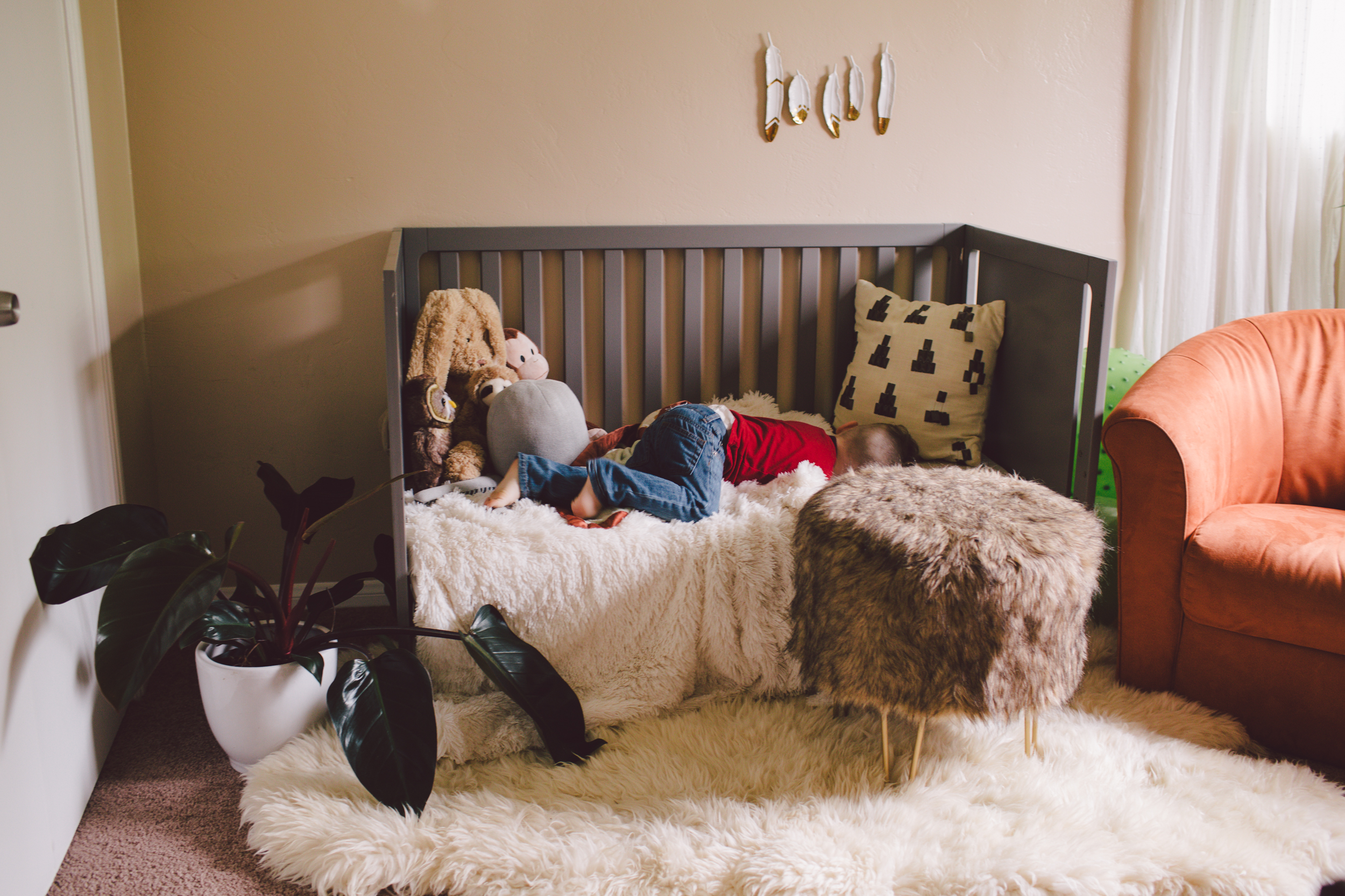 nursery-lifestyle photography-family session-toddler