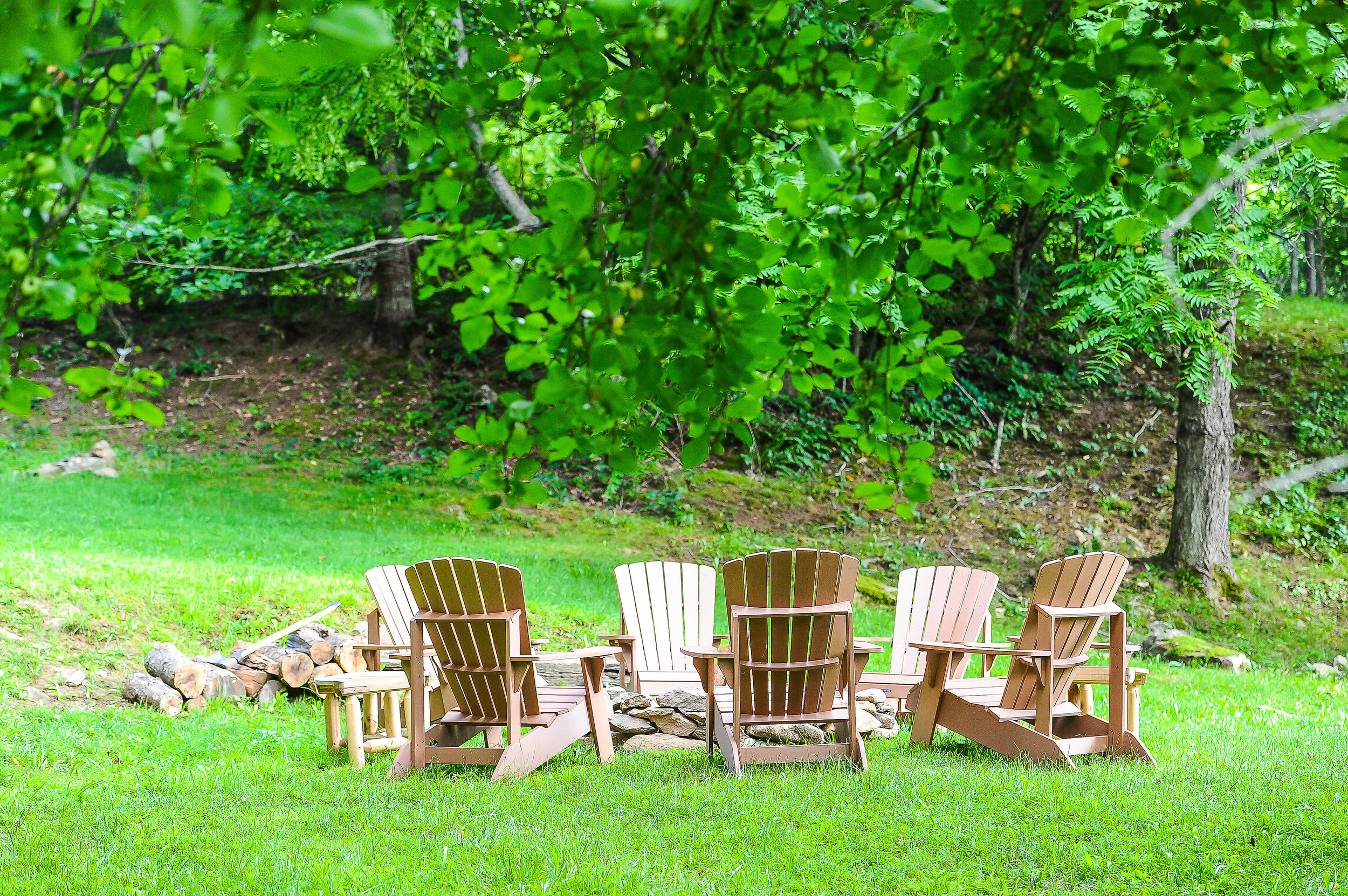 R & R - Bliss Farm and Retreat is located on 50 mountain acres in the Pisgah National Forest. Participants will have downtime every day to explore the trails on the property, relax by the pond, and gather around the campfire.