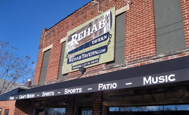 rehab-tavern-11.jpg