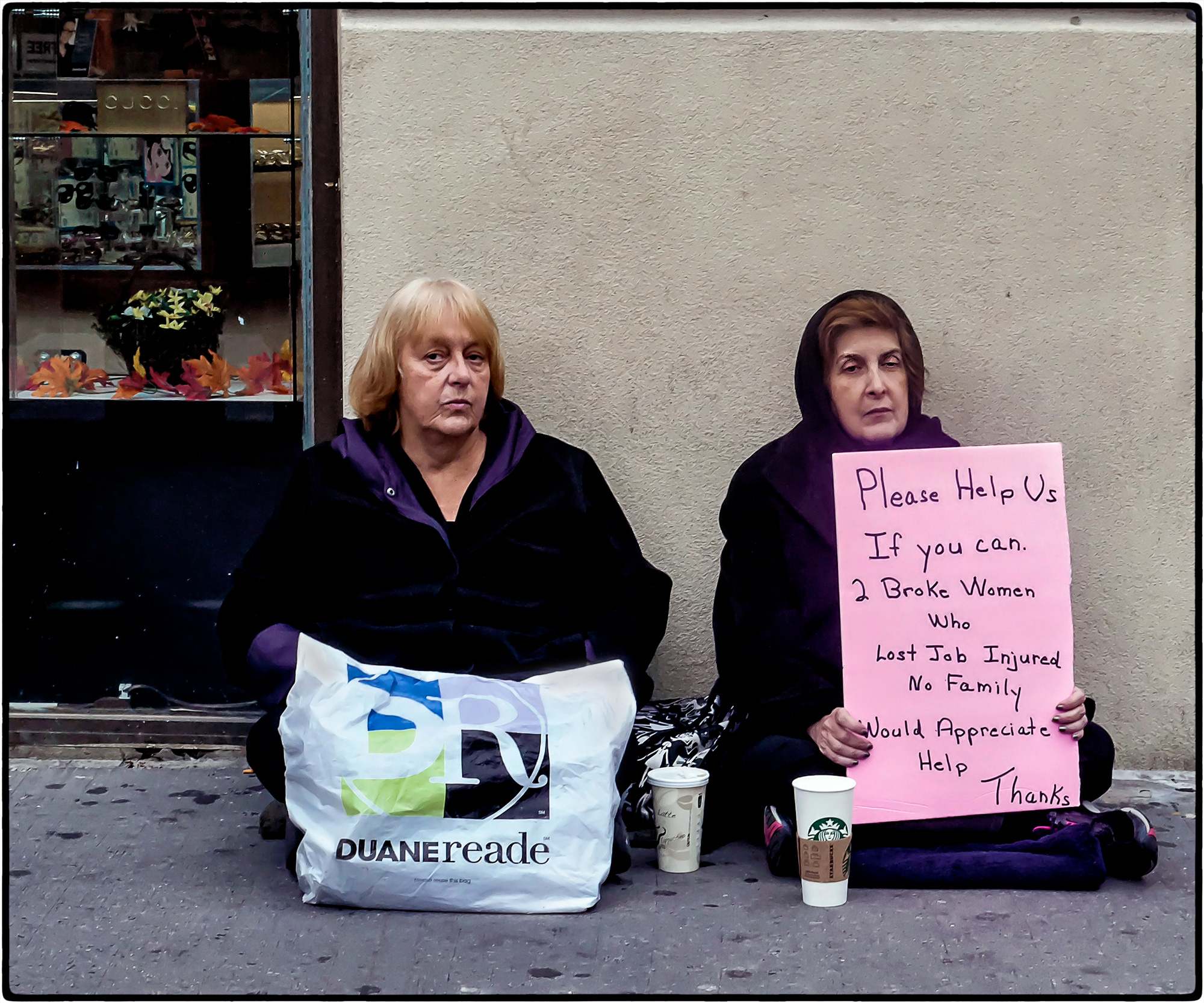 2015-Homeless-women_02.jpg