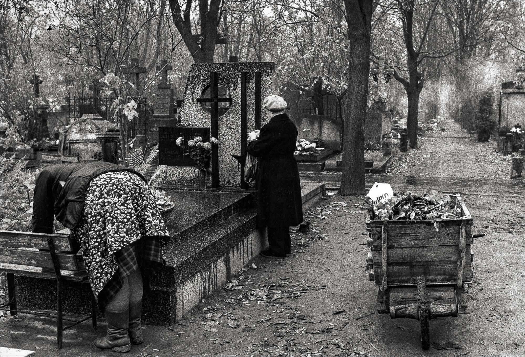1990_Rituals_18.jpg