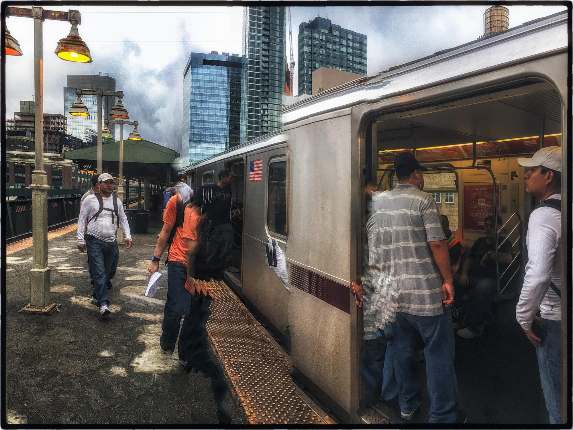 2016_Mobile_Subway_Queensboro_0108.jpg