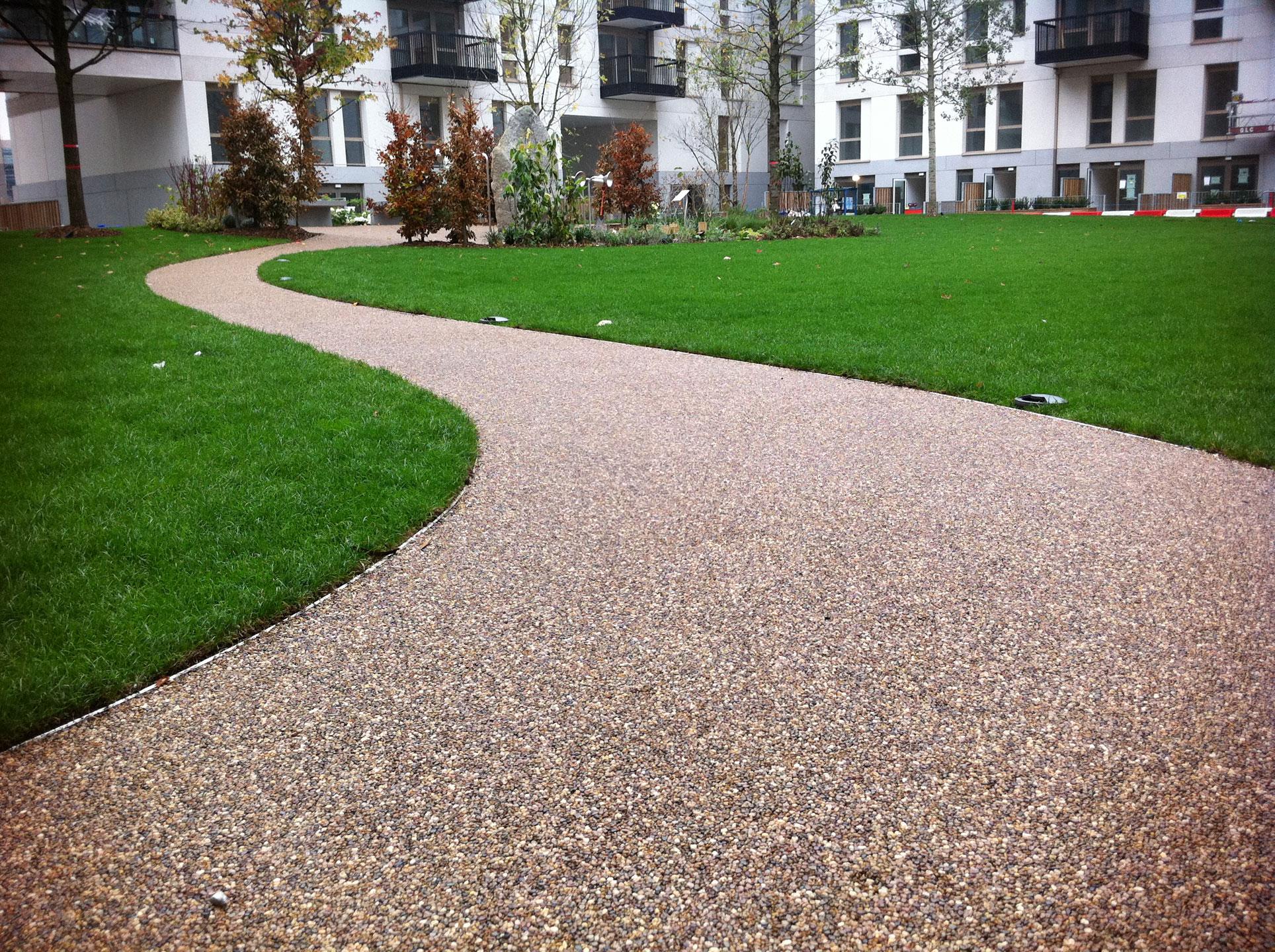 N10-courtyard.jpg