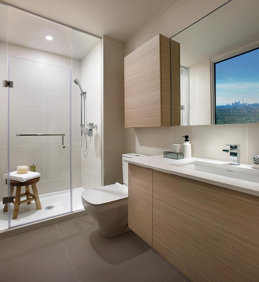 modelsuite-bathroom.jpg