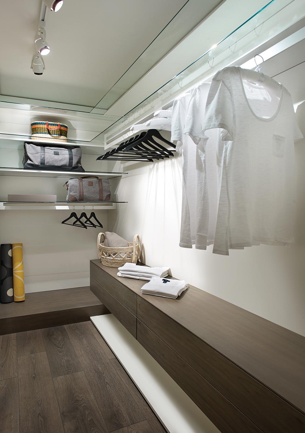 modelsuite-closet.jpg