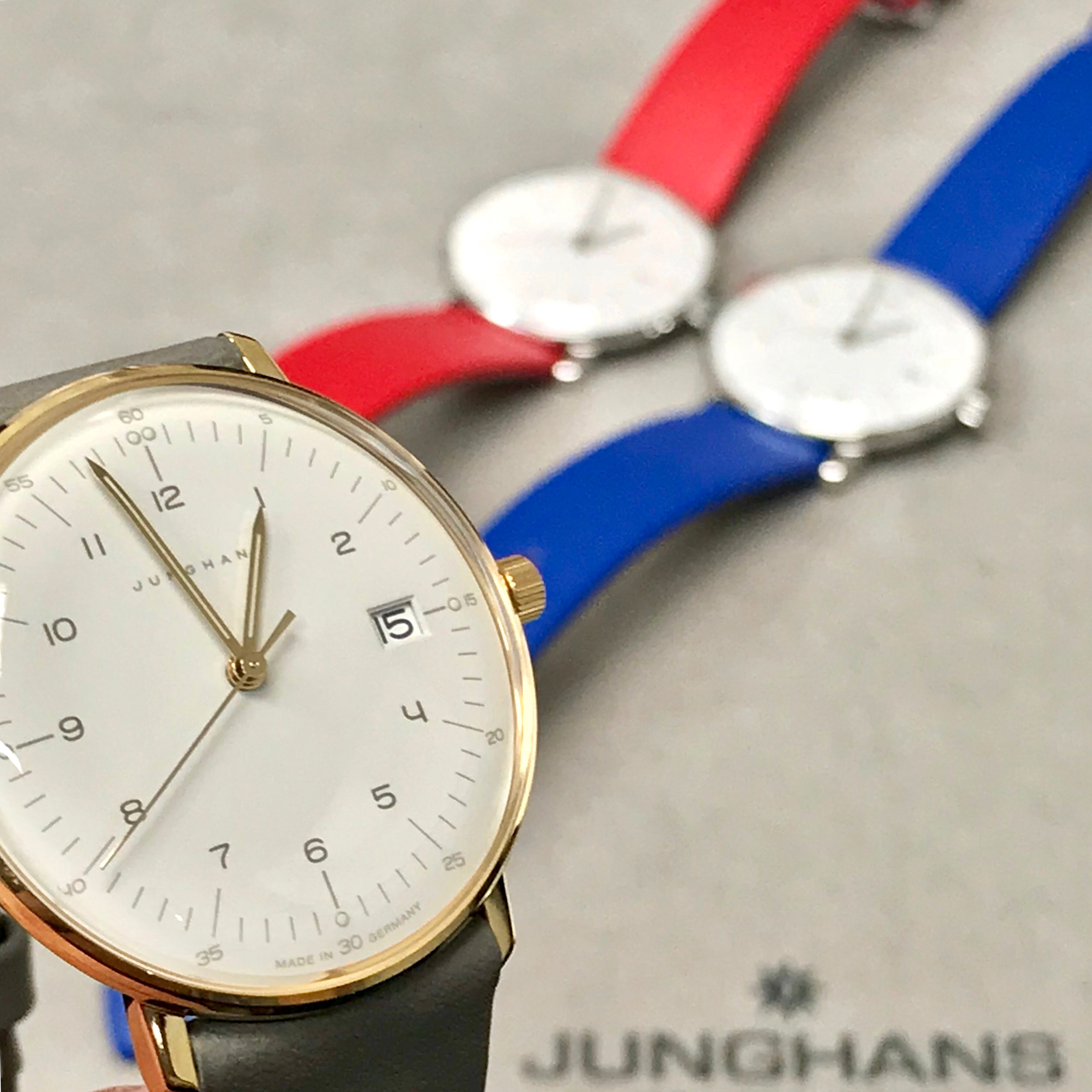 pieces shown  047/4551.00 (red) $495  047/4540.00 (blue) $495  047/7854.00 (gold case) $595