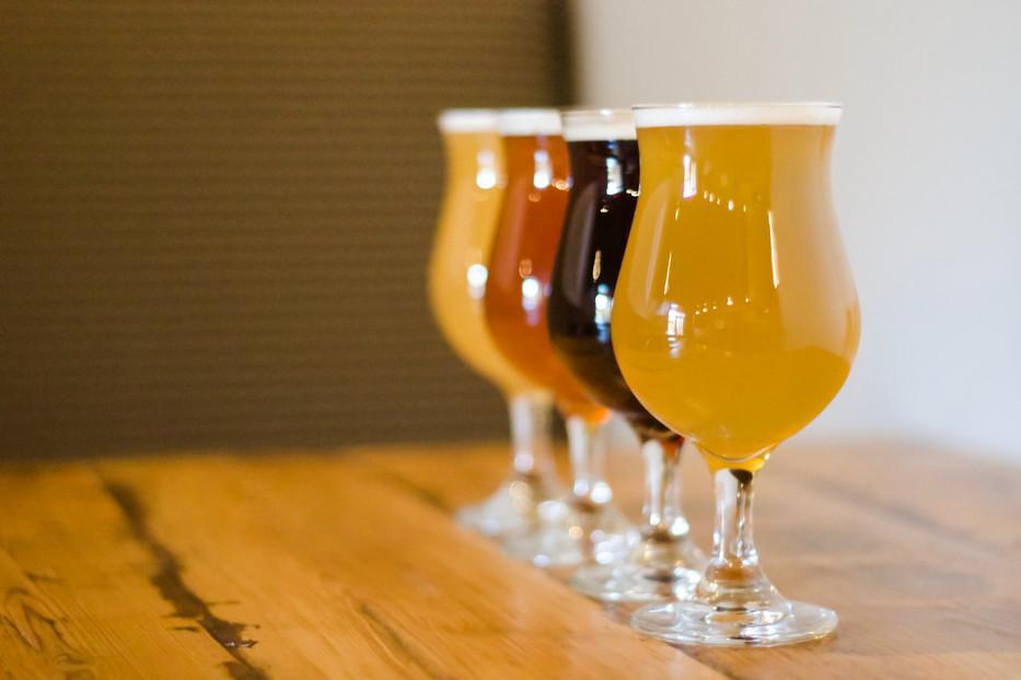933_IBC_Beer_Glasses_Offset_Straight.jpg