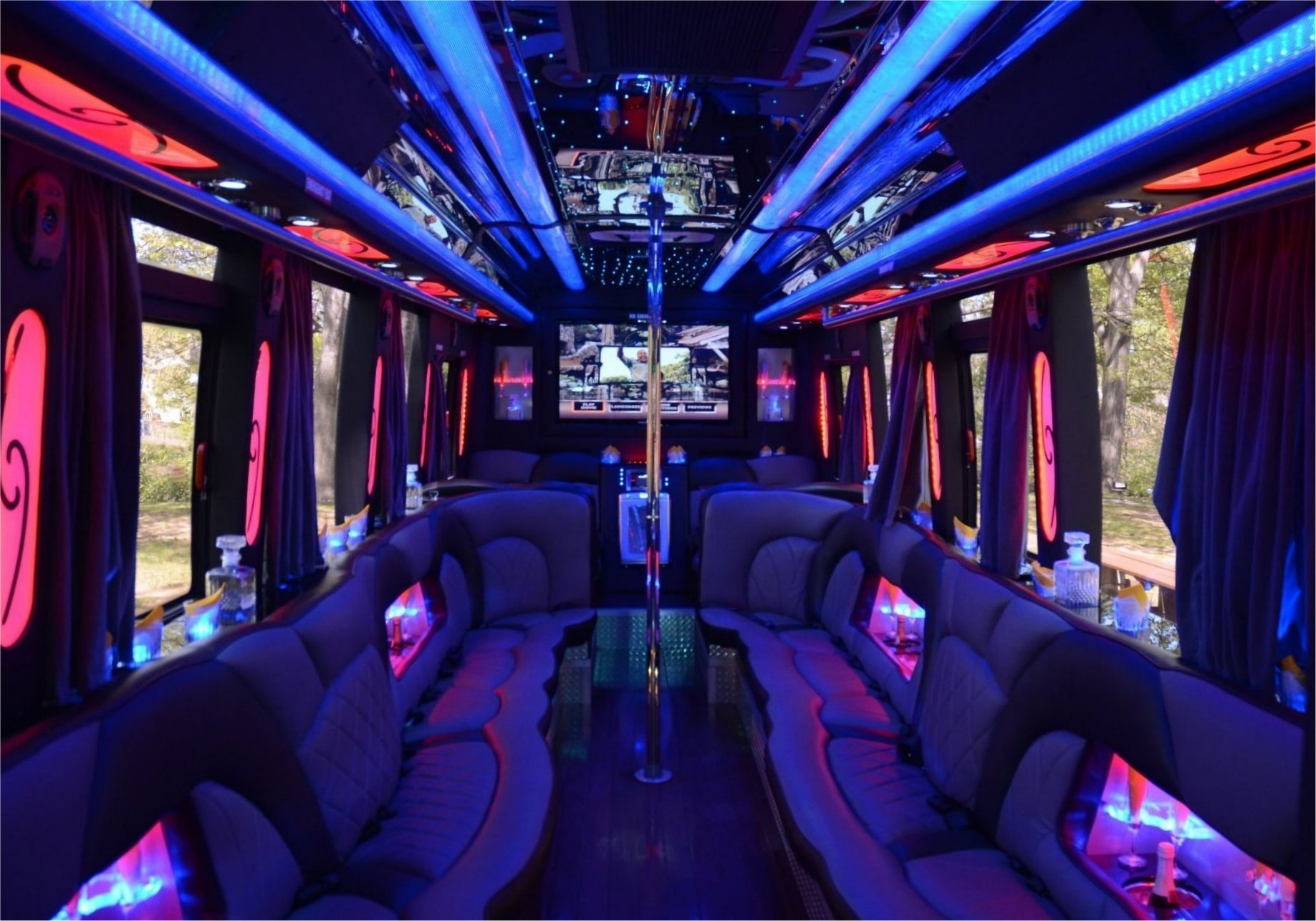 party-buses-for-rent-tampa.jpg