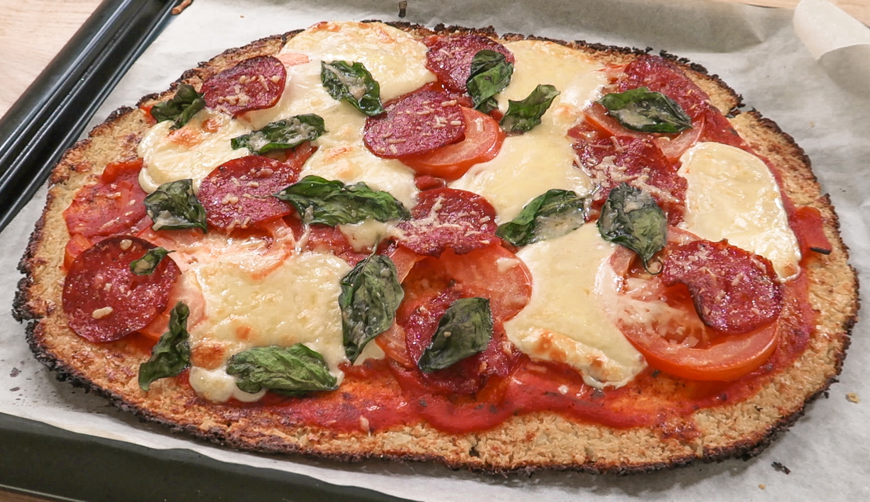 cauliflower crust pizza.jpg
