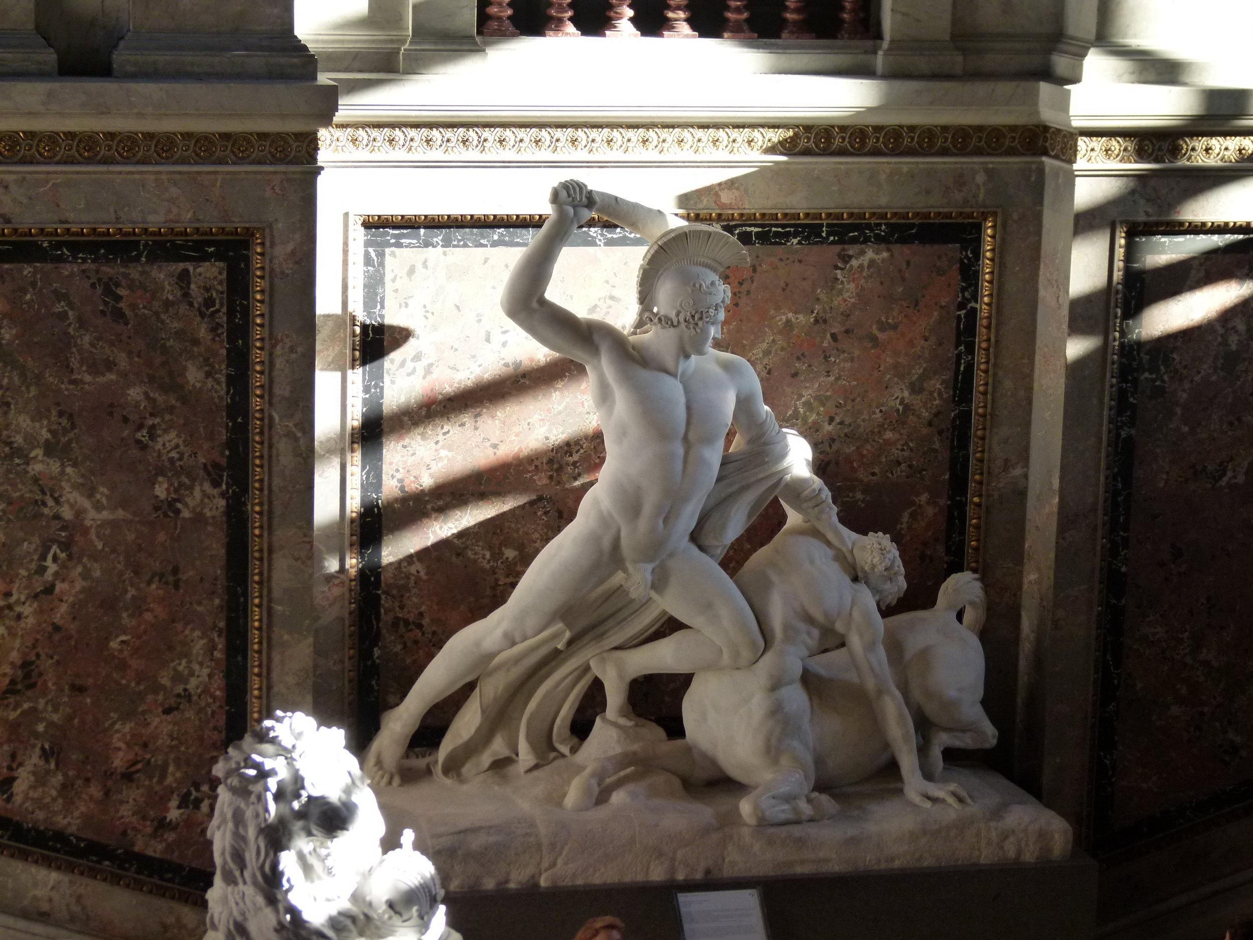 Canova_-_Theseus_defeats_the_centaur.jpg