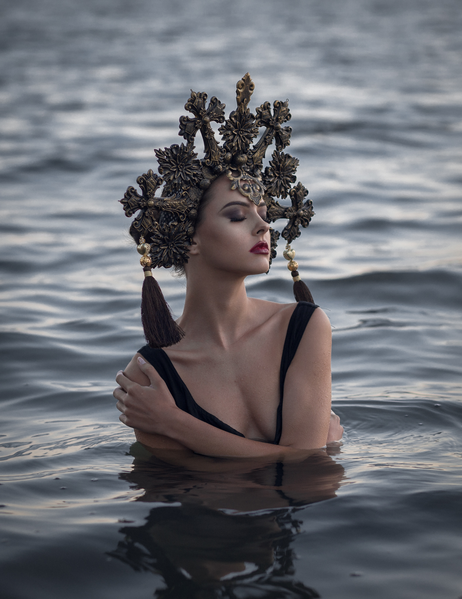 Model:  Cyndal  MUA:  Tristany Lee  Headpiece:  Elysian Fantasy Artistry  Camera: Canon EOS 6D Lens: Canon 85mm 1.8 EXIF: 1/160 f/2.8 ISO250 Natural Light