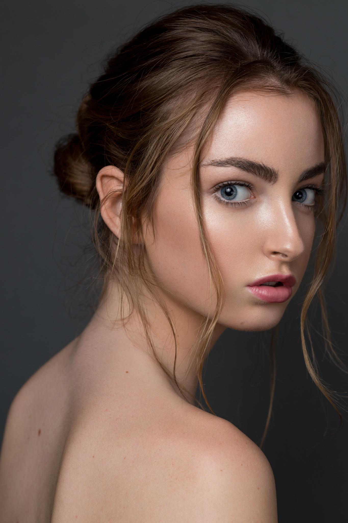 Model: Sophia Lyons of  Scout SF  Hair/Makeup: Maria Ojeda  Camera: Canon EOS 6D Lens: Canon 85mm 1.8 EXIF: 1/250 f/5.6 ISO200 Lighting: Godox V850 II + Godox 95cm Octabox on camera left above model, Godox V850 II + 120cm Octabox on camera right behind camera