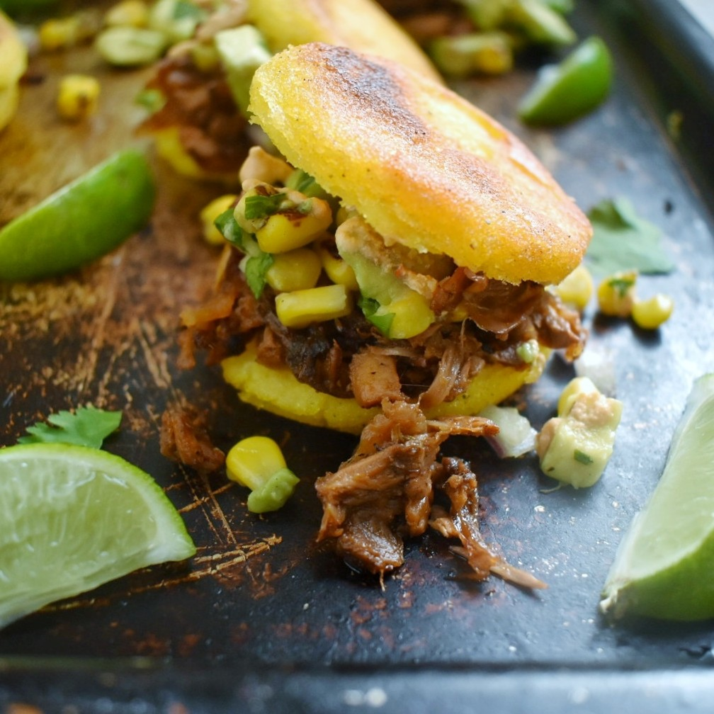 Arepas with Beer-Braised Jackfruit and Avocado Corn Salsa + Chipotle Crema - The Bitchy Baker