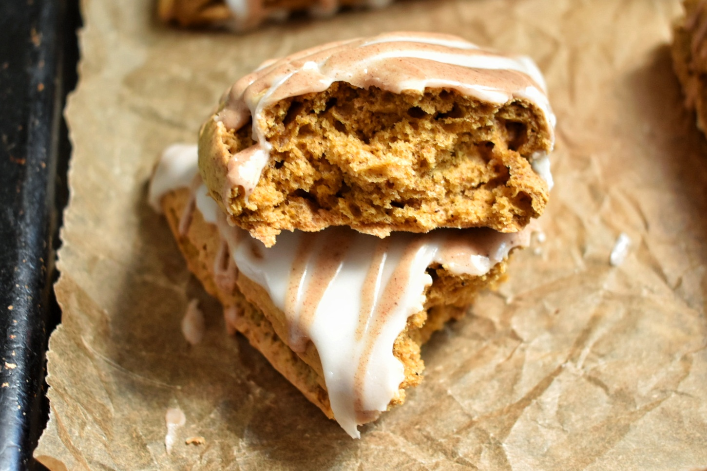 Vegan Pumpkin Spice Scones - The Bitchy Baker