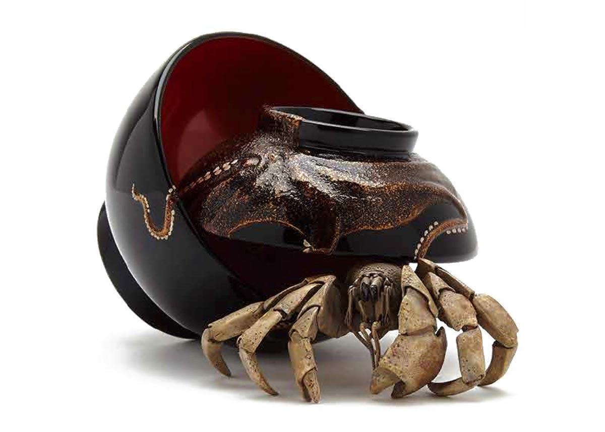 ©  Takashi Wakamiya , Wood and Lacquer, Hermit Crab