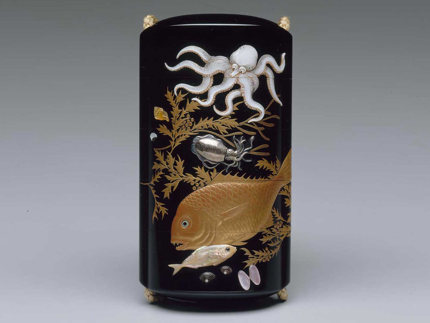 Lacquer Inro with Sealife Design, from the  Museum of Fine Arts, Boston  (mfa.org)