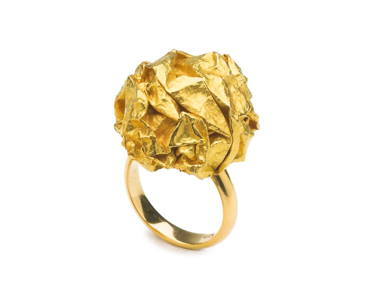 © Gold Ring by Yasuki Hiramatsu