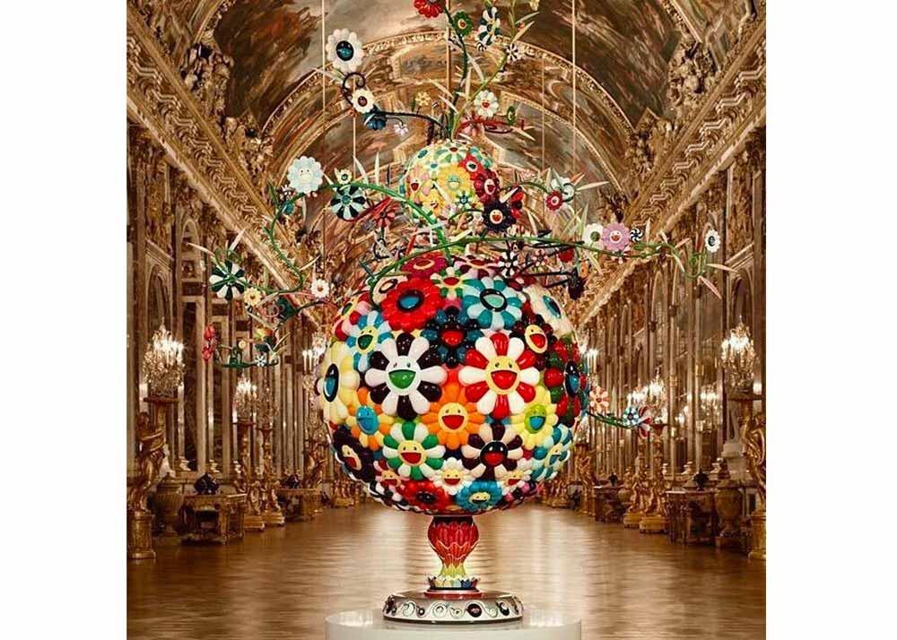 © Takashi Murakami, Flower Matango Sculpture at the Palace of Versailles, 2010