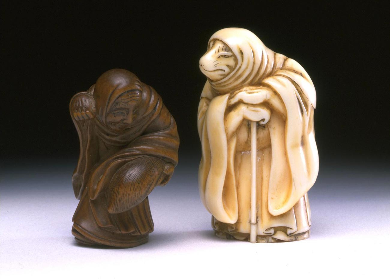 Fox and Tanuki Netsuke by Sukenaga, early 19th Century,  V&A Museum