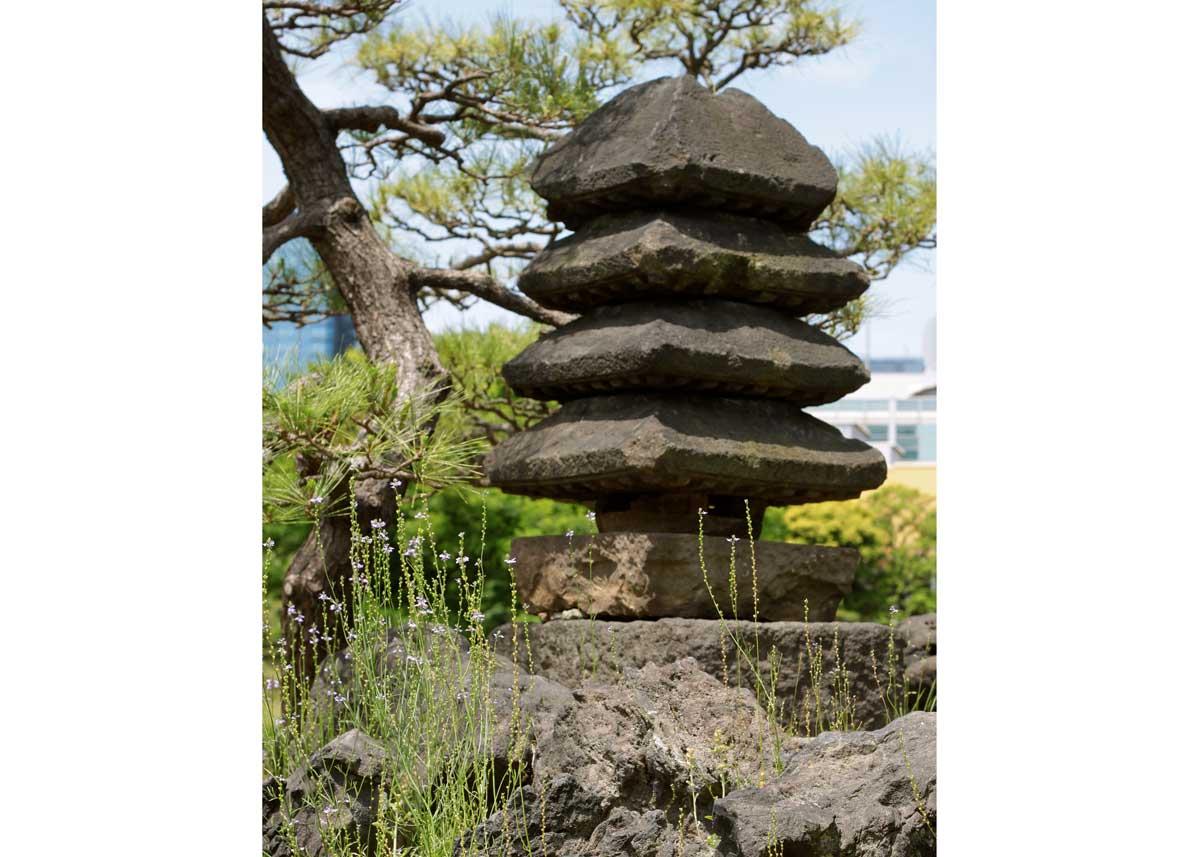© Anika Ogusu, Real Japanese Gardens, Pagoda