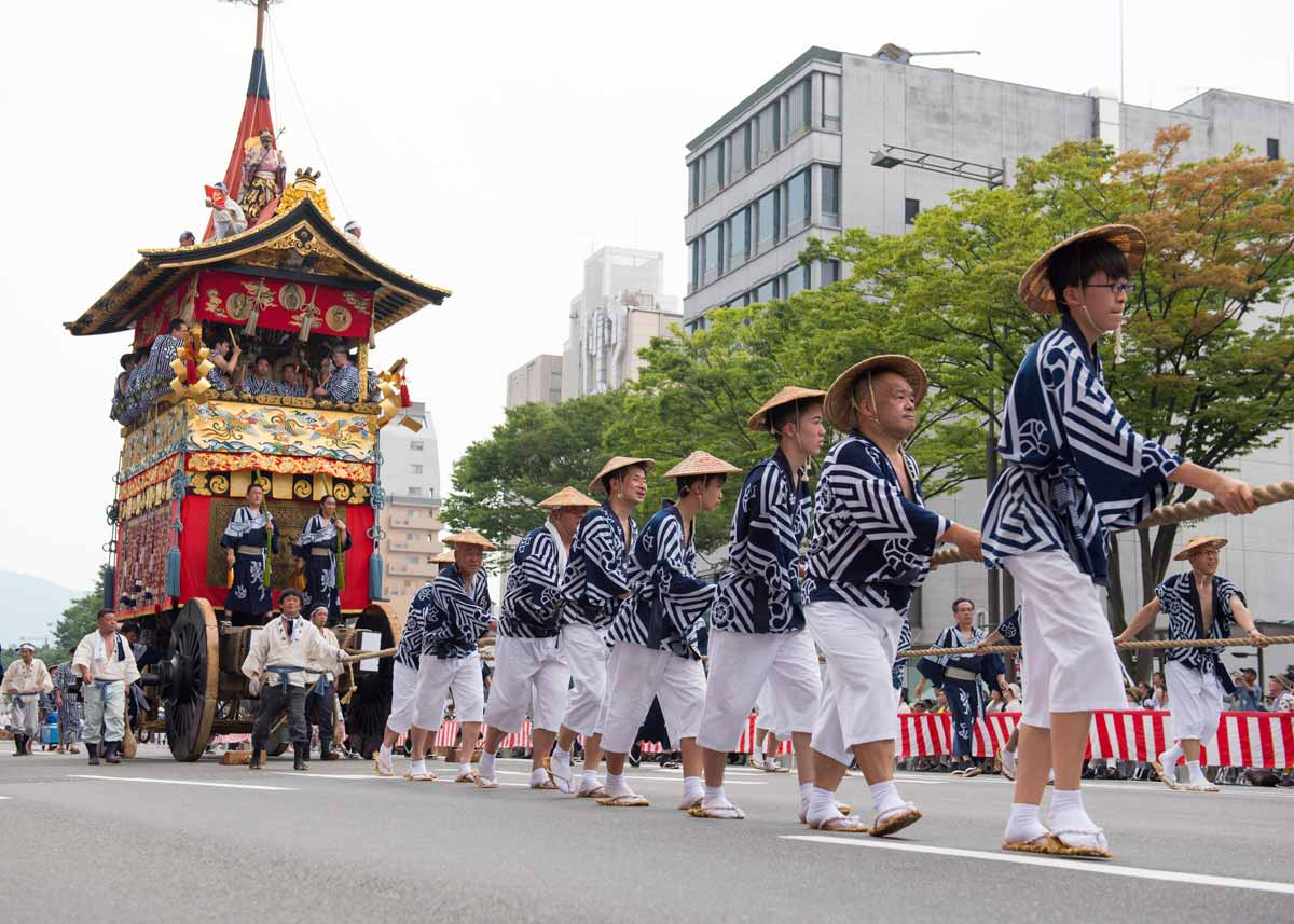 ©  Patrick Vierthaler  /  Creative Commons , Gion Festival