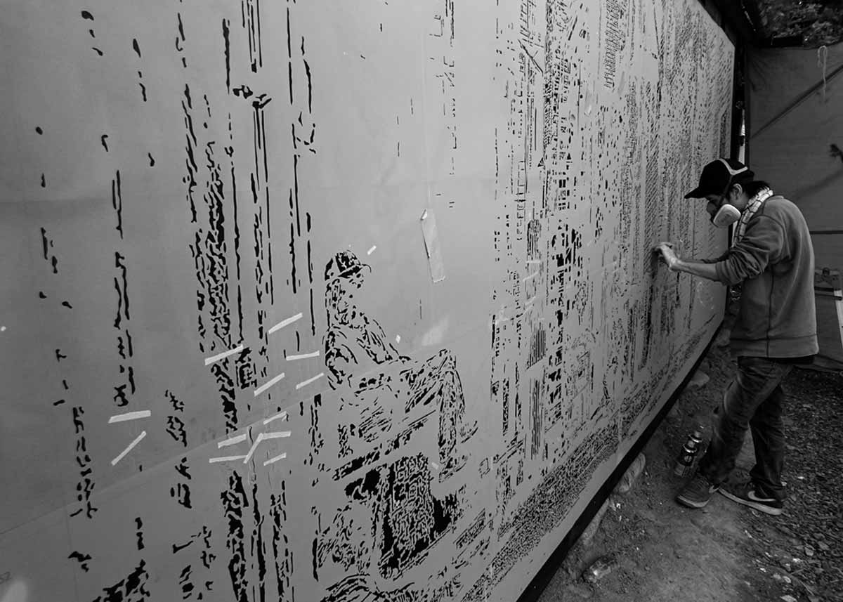 © RoamCouch, Handcutting a Wall Stencil