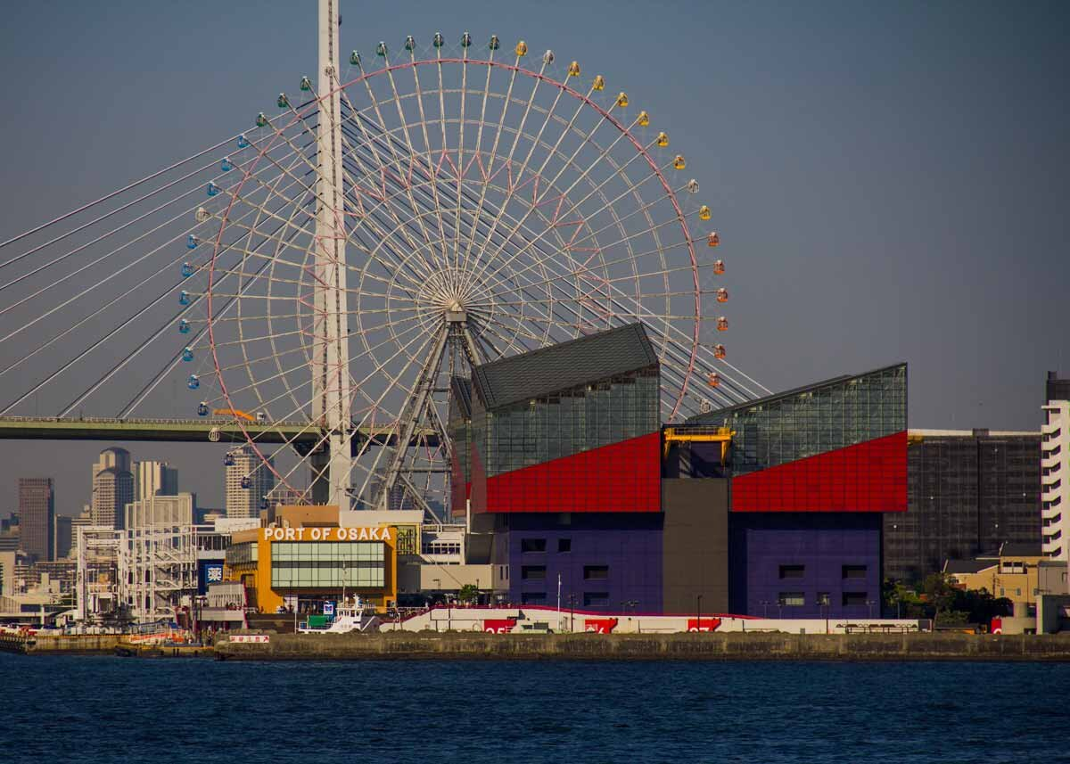 Photo by  Alessio Ferretti ,   Tempozan Giant Ferris Wheel