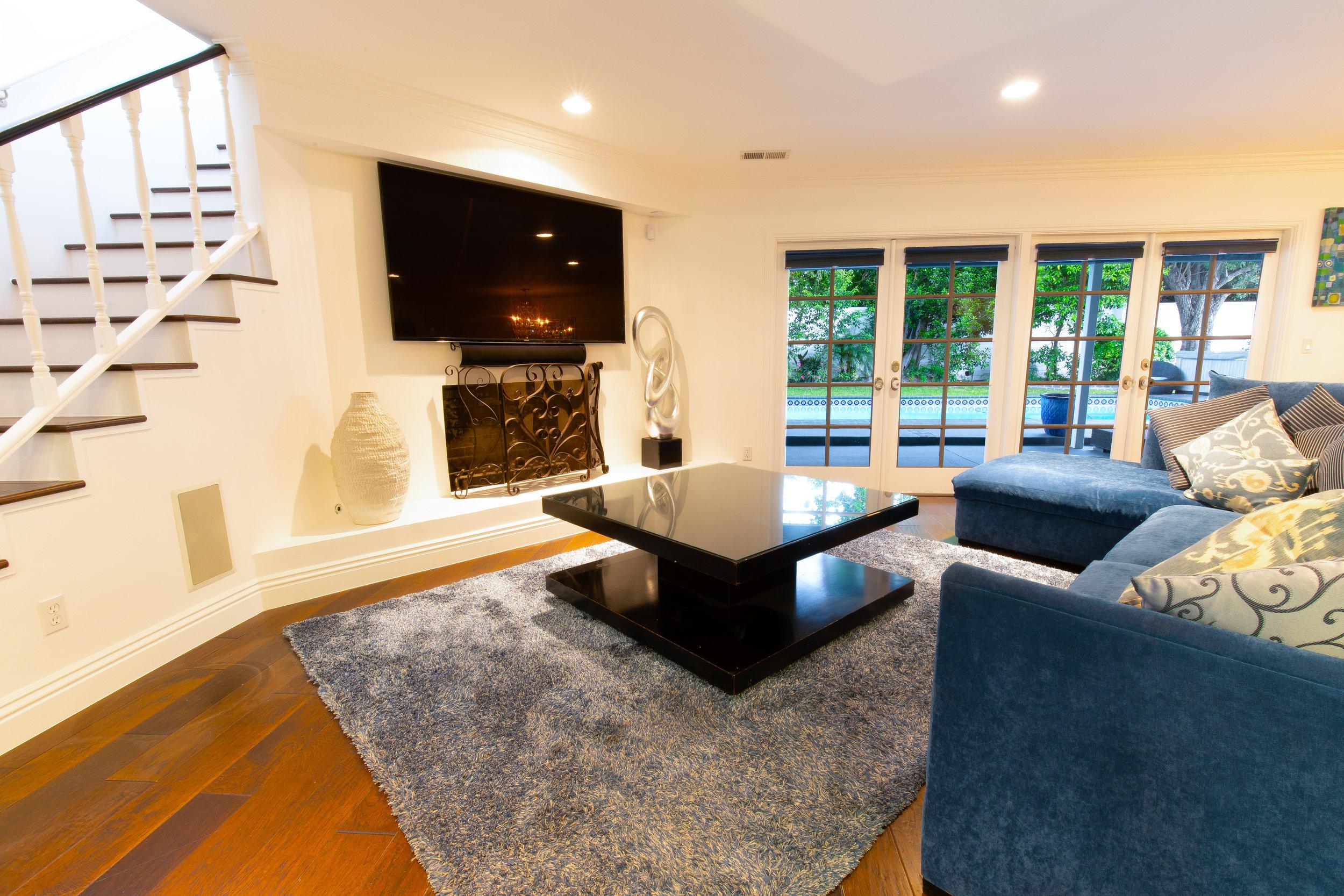 The Living Room 2_-2.jpg