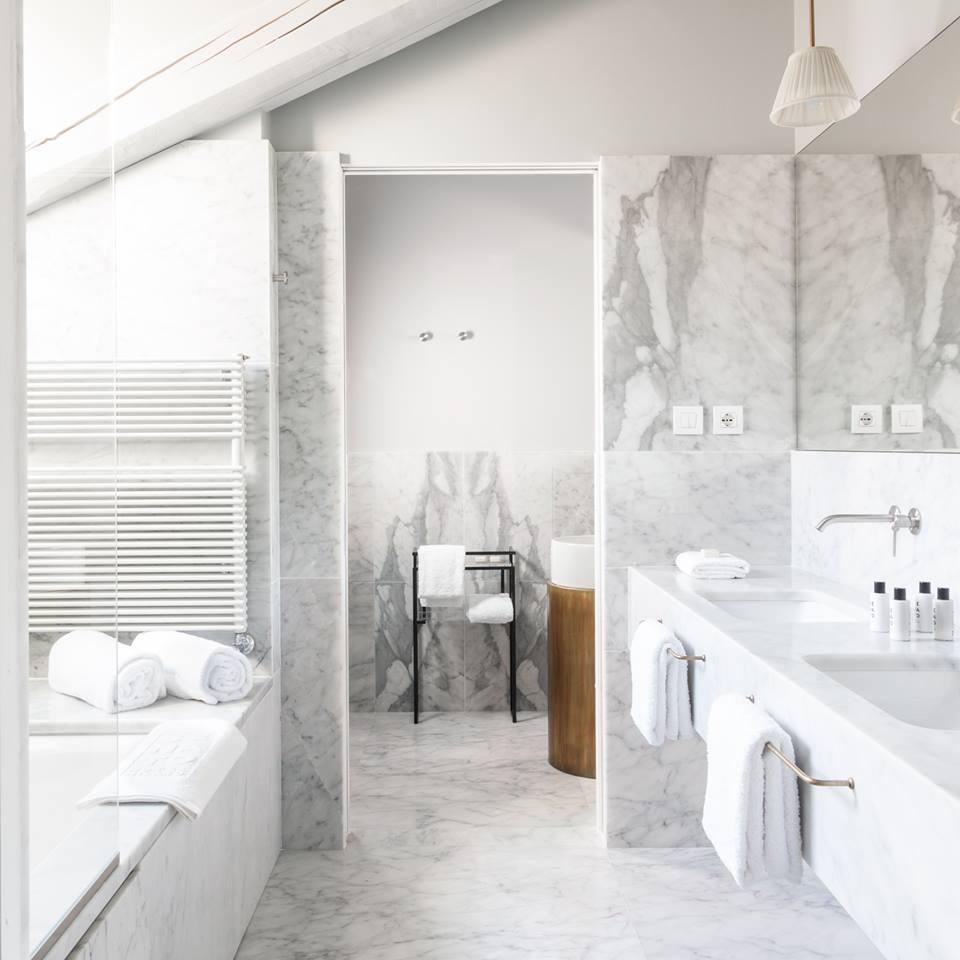 bathroom_senato.jpg