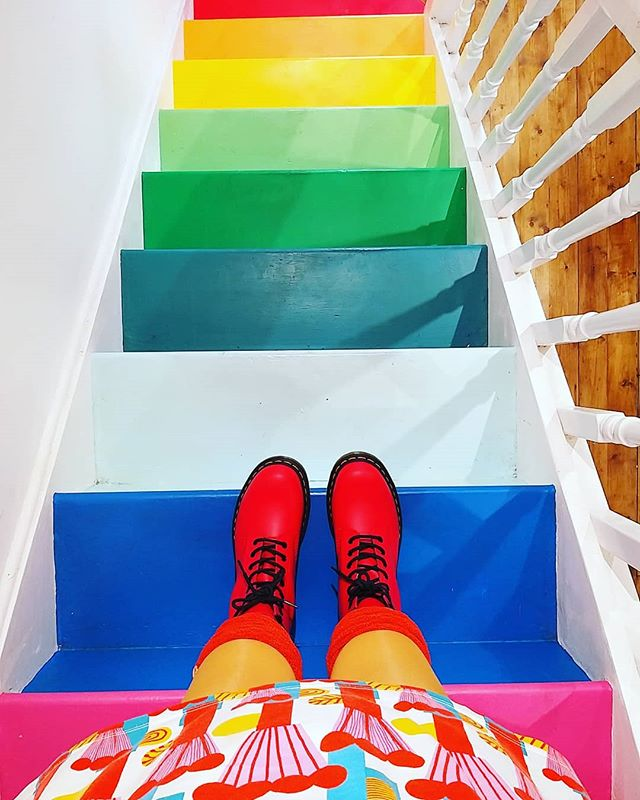 New DMs day! Off to get my mop chopped with the glorious @gypsyrosehair then to spend an afternoon making in the shed - hope you have an awesome Saturday planned 😍 💜🧡💙❤💛💚 . #rainbowstairs #rainbow #colourmyeveryday #colourfulhome #newdms @drmartensofficial #drmartens #sheffield