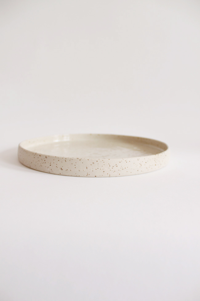 Speckled large stoneware plate - £26.00 - Oh My Home