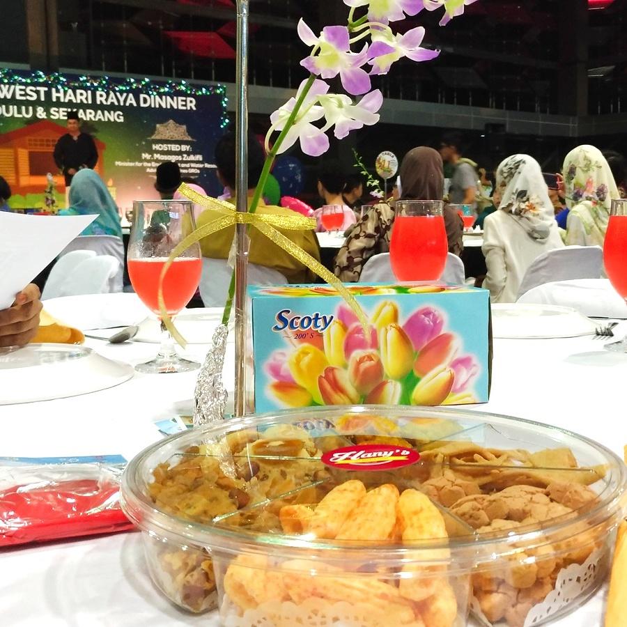 Hari Raya Kueh Platter.jpg