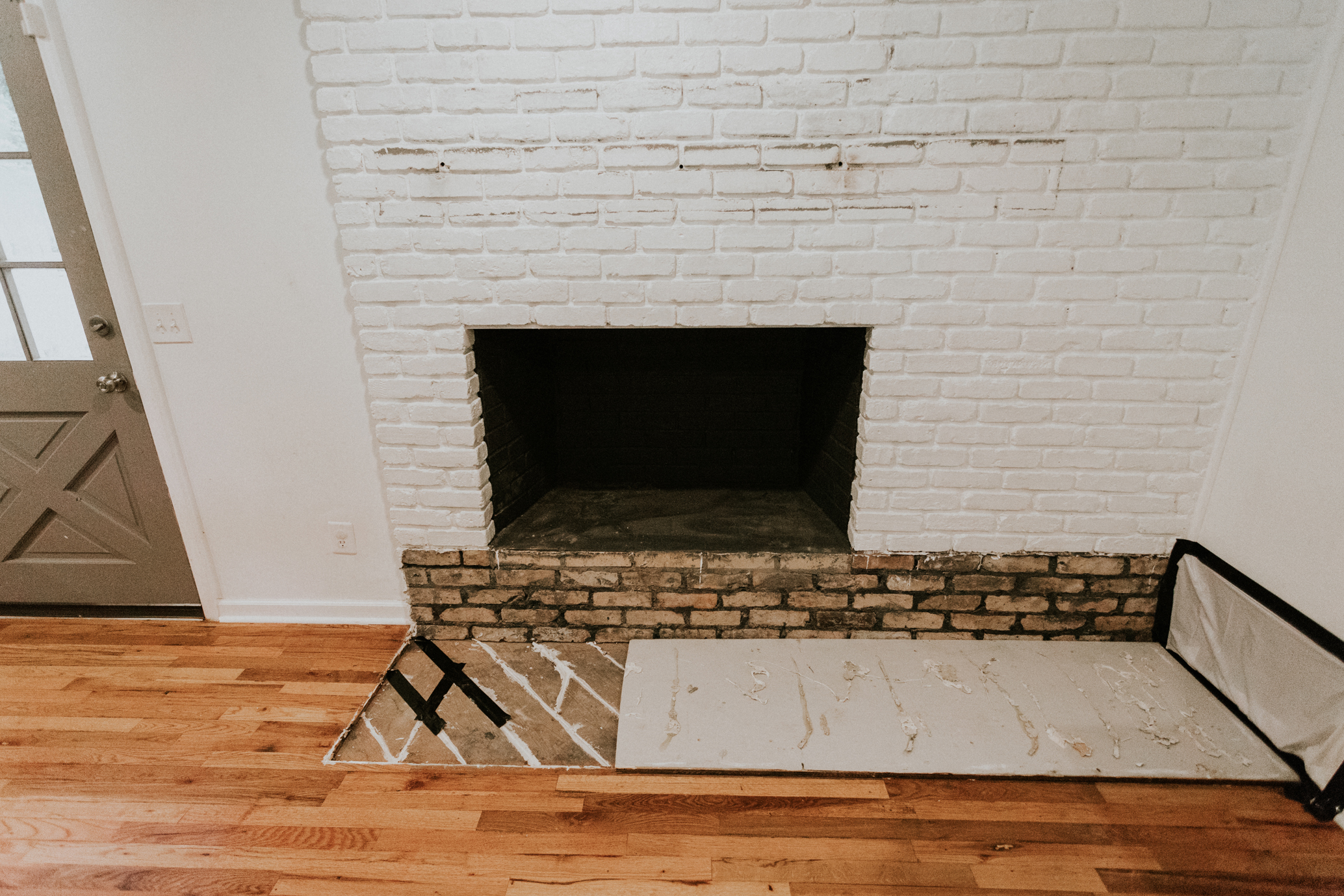 HOW WE REMOVED OUR FIREPLACE HEARTH IN AN HOUR
