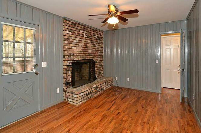 THIS MINIMAL HOUSE FIREPLACE MAKEOVER