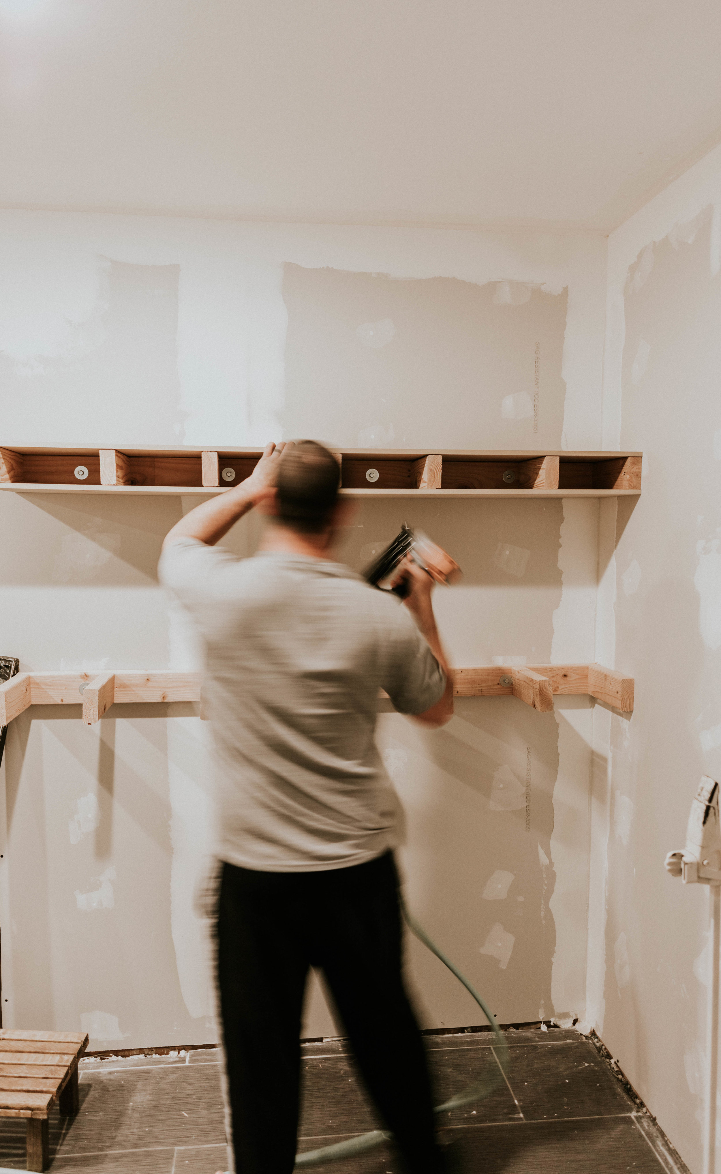 Build open shelving for your kitchen using 2/4's and mdf!
