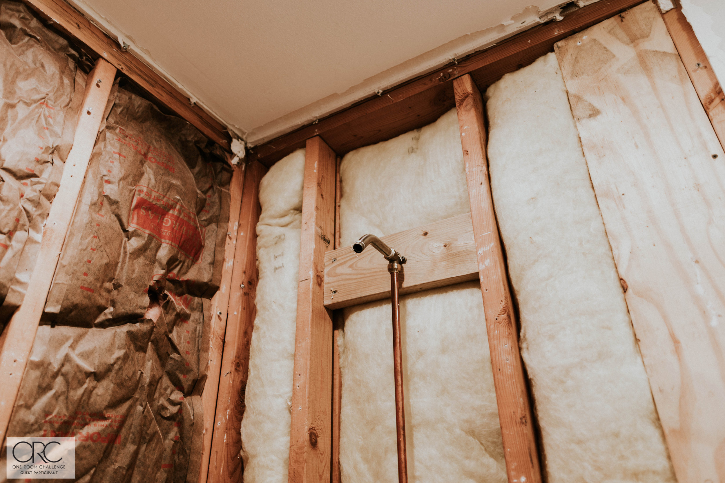 PLUMBING IN BATHROOM 2 (1 of 1).jpg