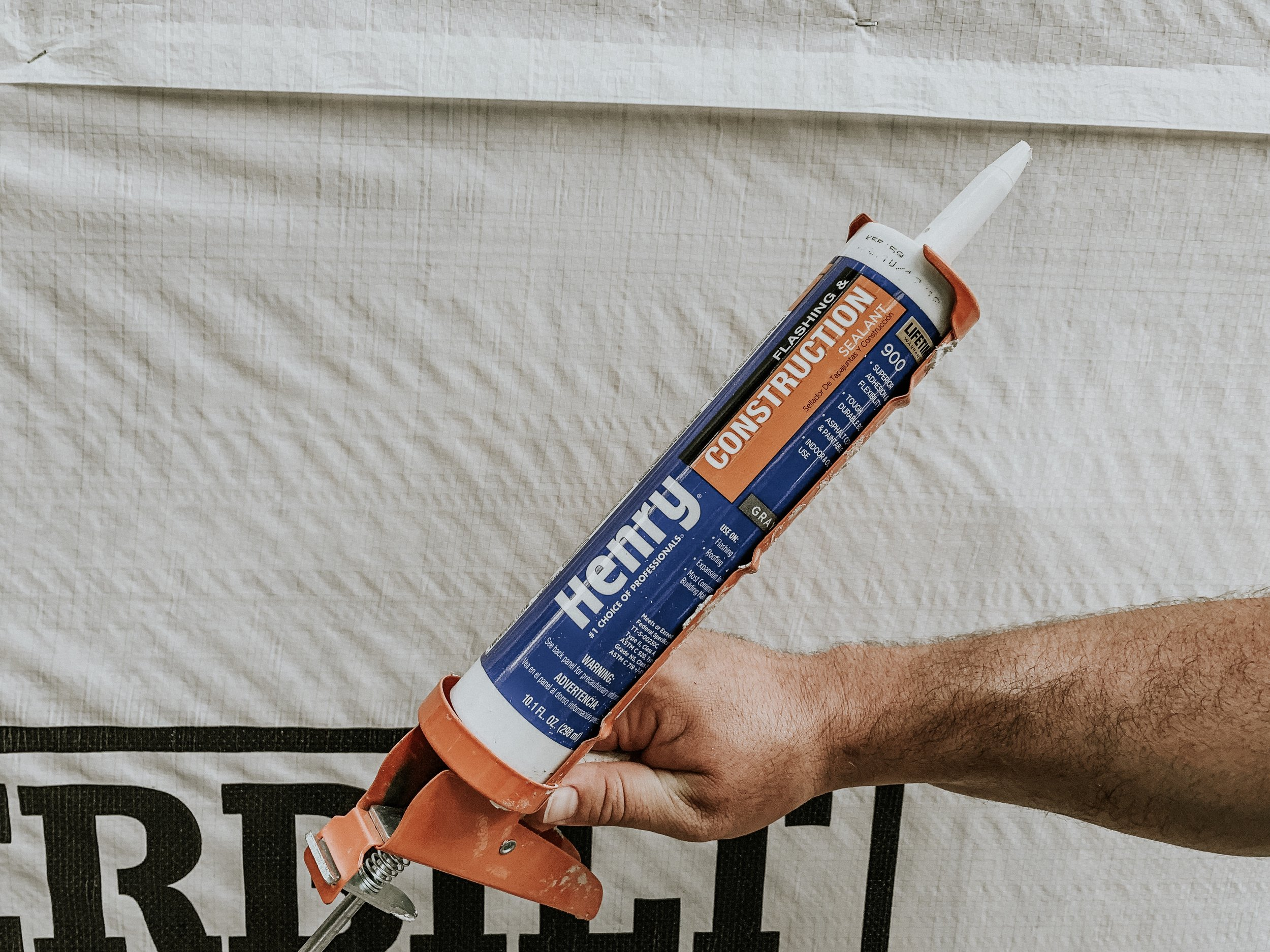 Henry Construction adhesive
