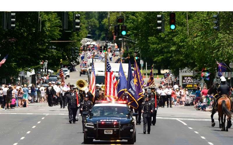 parade-display2.jpg