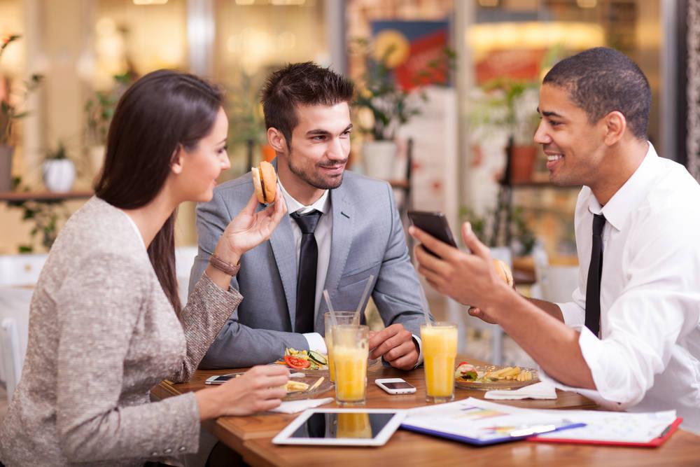 - Préparation d'entretiens,de réunions, de feedbacks d'équipes,…