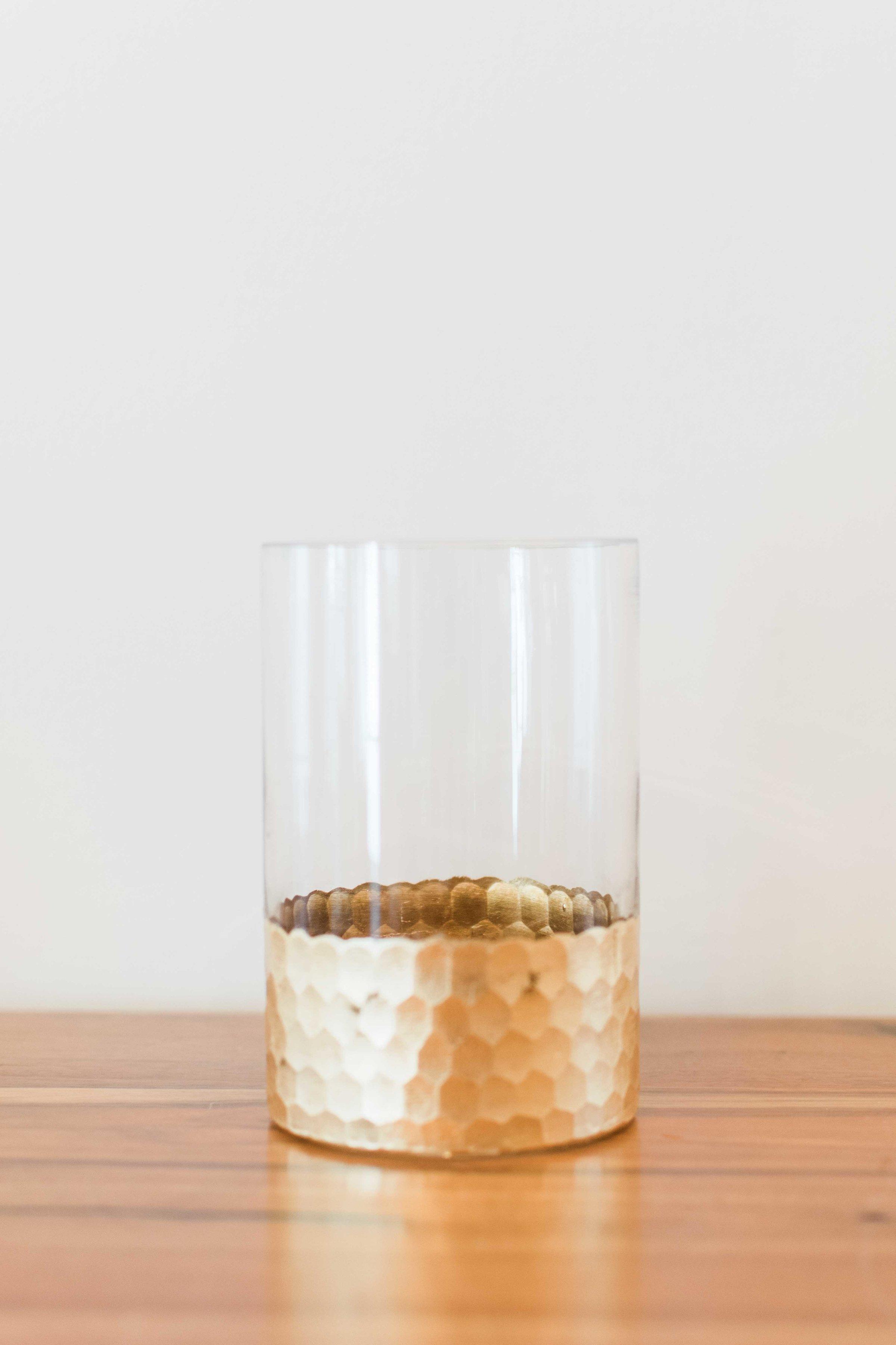 Glass With Gold Bottom (Medium)