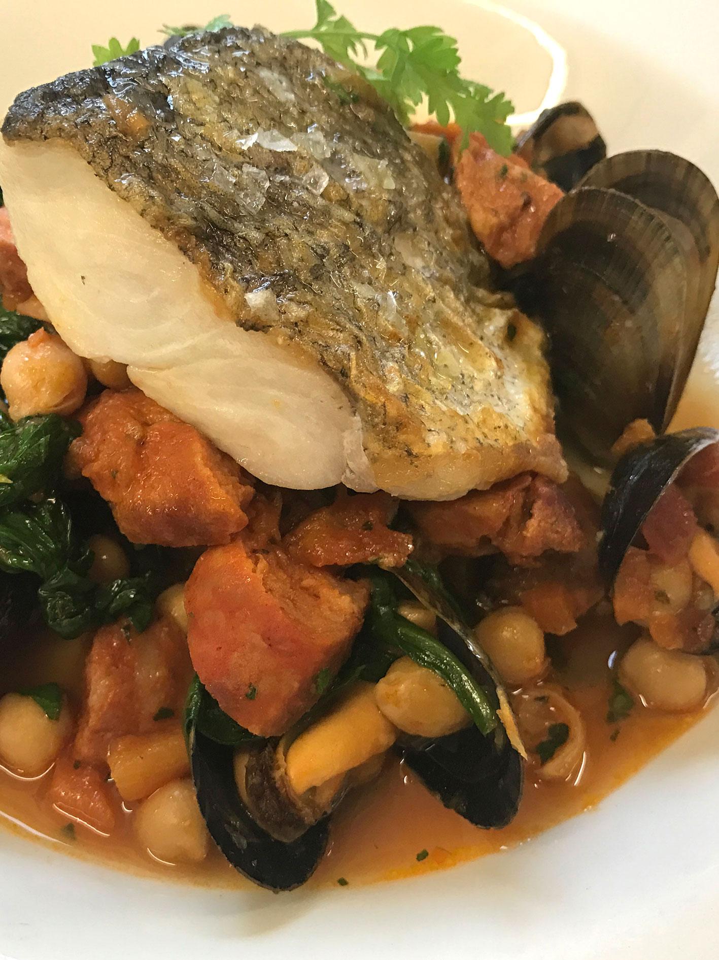 fish-mussels-lunch-gastro-pub-bath.jpg