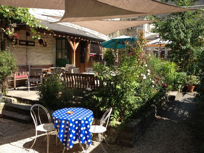 garden-terrace-bar-centre-bath.jpg