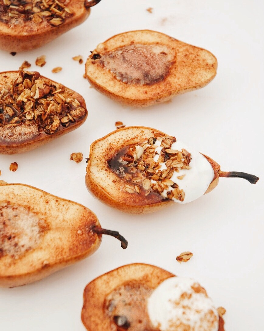 Baked Pears with Granola - Foody First