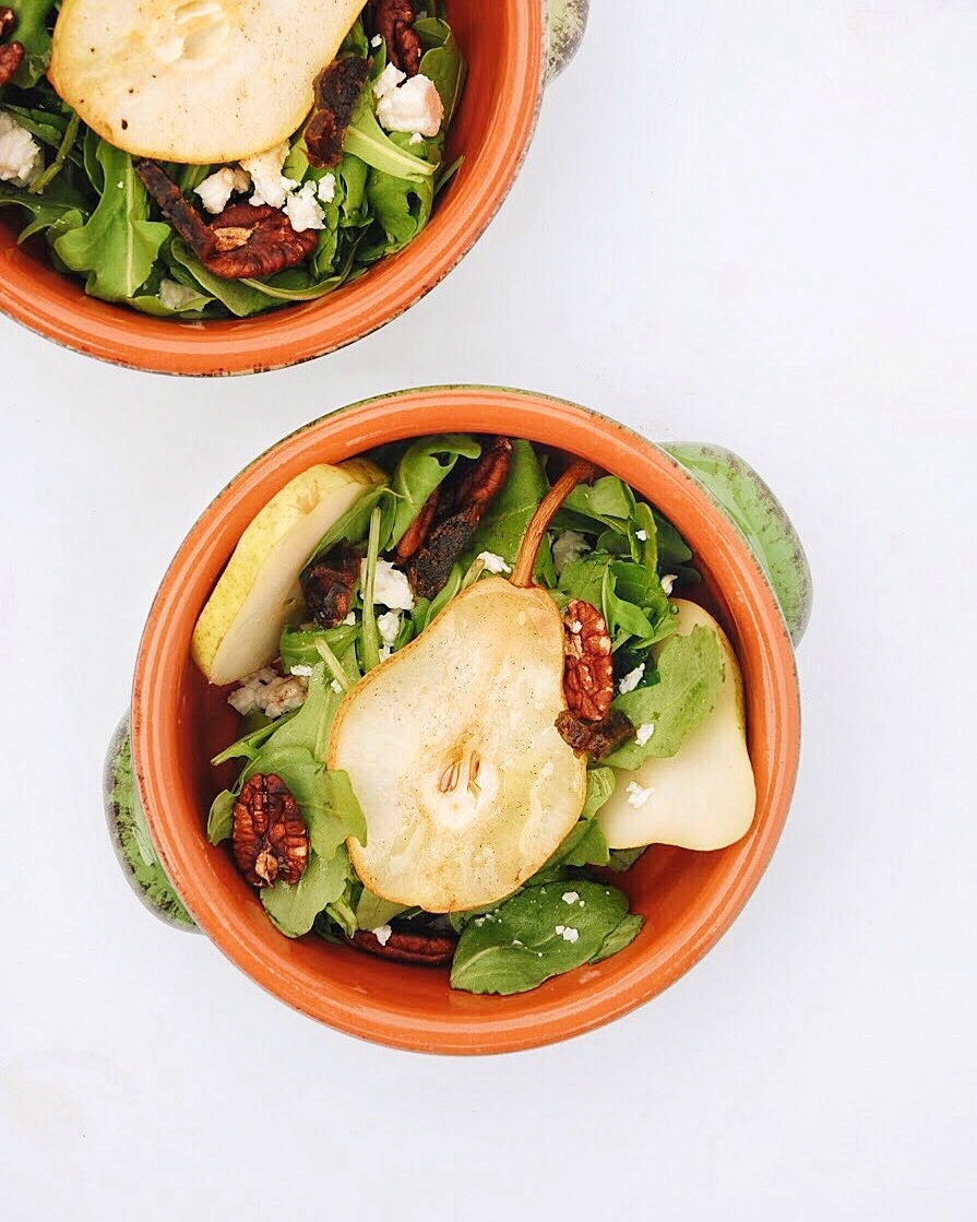 Pear, pecan, and feta salad with miso dressing - Foody First